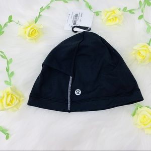 Run it out toque black one size lululemon new